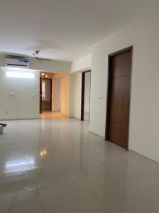 Gallery Cover Image of 4500 Sq.ft 4 BHK Apartment for rent in Sunworld Arista, Sector 168 for 39999