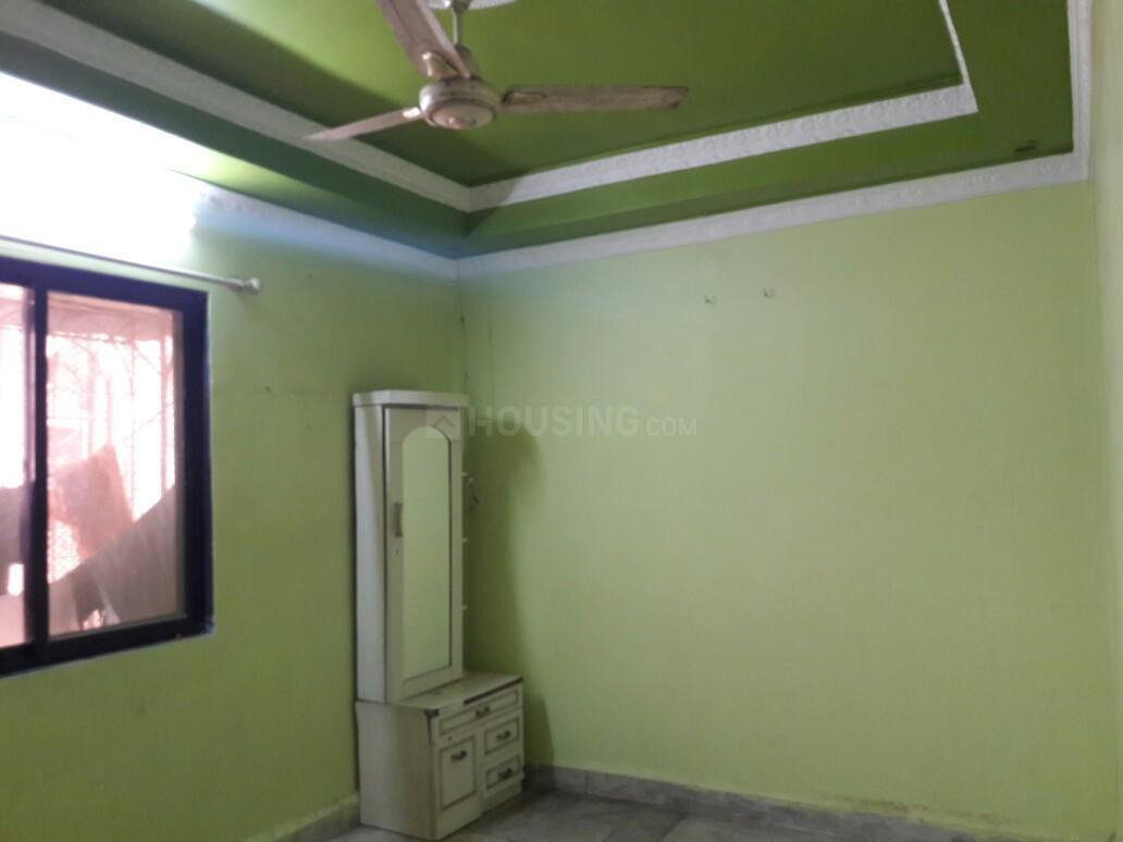 Bedroom Image of 900 Sq.ft 2 BHK Apartment for rent in Mira Road East for 16000