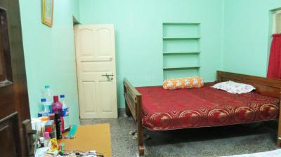 Bedroom Image of Nirala PG in Barisha