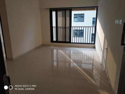 Gallery Cover Image of 950 Sq.ft 2 BHK Apartment for rent in Goregaon West for 45000