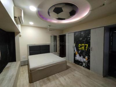 Gallery Cover Image of 1380 Sq.ft 3 BHK Apartment for buy in VR Laxmi Sadan, Vile Parle West for 70000000