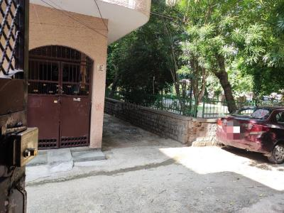 Gallery Cover Image of 720 Sq.ft 3 BHK Independent House for buy in Shahdara for 16700000