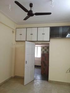 Gallery Cover Image of 350 Sq.ft 1 RK Apartment for rent in Prabhadevi for 22000