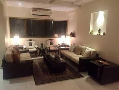 Gallery Cover Image of 500 Sq.ft 1 BHK Apartment for rent in Juhu for 110000