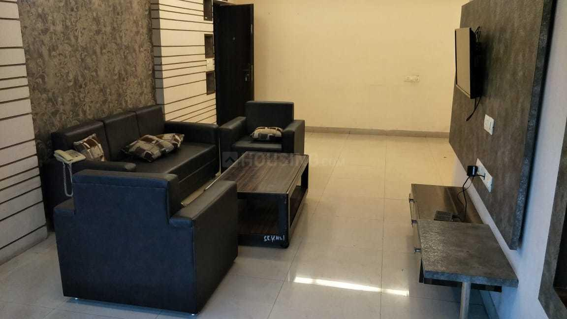 Living Room Image of 1510 Sq.ft 3 BHK Apartment for rent in Dhakuria for 33000