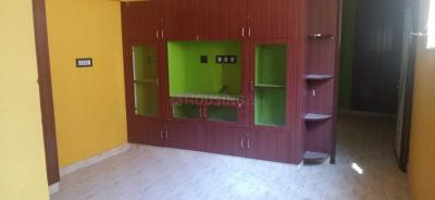 Gallery Cover Image of 575 Sq.ft 1 BHK Apartment for rent in Ennaikaran for 7000