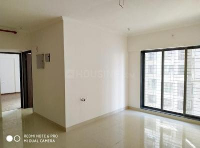 Gallery Cover Image of 650 Sq.ft 2 BHK Apartment for buy in Malad West for 15500000