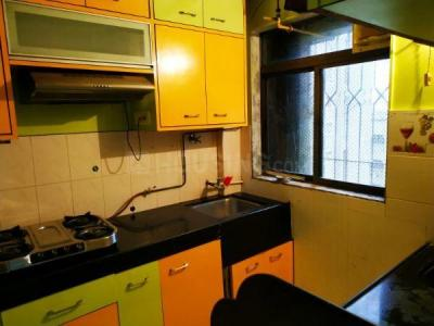 Gallery Cover Image of 1005 Sq.ft 2 BHK Apartment for rent in Runwal Estate, Thane West for 23000