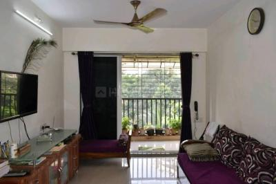 Gallery Cover Image of 705 Sq.ft 1 BHK Apartment for buy in Thane West for 7800000