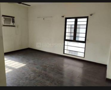 Gallery Cover Image of 1150 Sq.ft 2 BHK Apartment for rent in Tollygunge for 25000