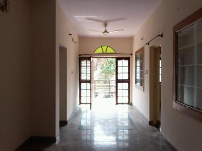 Gallery Cover Image of 1000 Sq.ft 3 BHK Apartment for rent in Kammanahalli for 22000