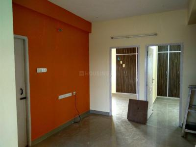 Gallery Cover Image of 1000 Sq.ft 2 BHK Apartment for rent in Moulivakkam for 11500