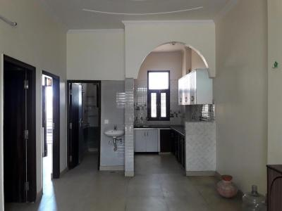 Gallery Cover Image of 900 Sq.ft 2 BHK Independent Floor for rent in Model Town for 17000