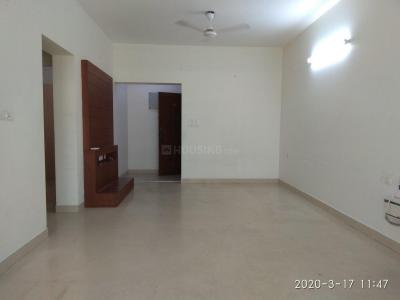 Gallery Cover Image of 1900 Sq.ft 3 BHK Apartment for rent in Thiruvanmiyur for 52000