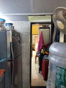 Gallery Cover Image of 490 Sq.ft 1 BHK Apartment for buy in Bandra East for 11500000