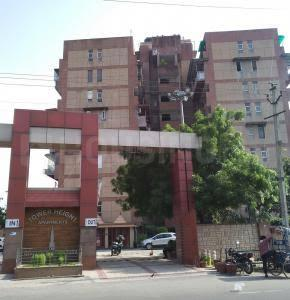 Gallery Cover Image of 1600 Sq.ft 3 BHK Apartment for buy in Tower Heights Apartment, Pitampura for 27000000