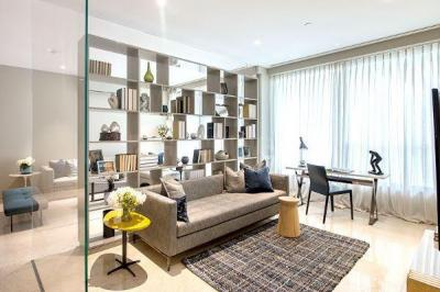 Gallery Cover Image of 1093 Sq.ft 3 BHK Apartment for buy in Oberoi Sky City Tower E, Borivali East for 35300000