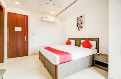 Gallery Cover Image of 1000 Sq.ft 1 RK Independent House for rent in Sarita Vihar for 16800