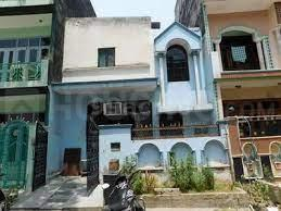 Gallery Cover Image of 800 Sq.ft 3 BHK Independent House for buy in Gamma II Greater Noida for 11500000