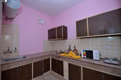 Kitchen Image of Oyo Life Grg1100 in DLF Phase 3
