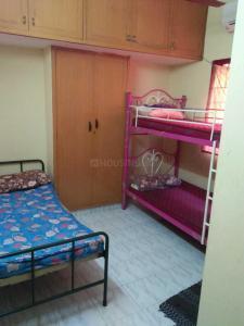 Bedroom Image of Raji PG in Guindy