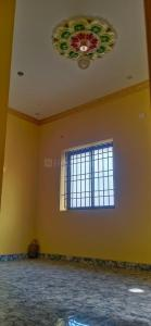 Gallery Cover Image of 450 Sq.ft 1 BHK Independent House for rent in Redhills for 30000
