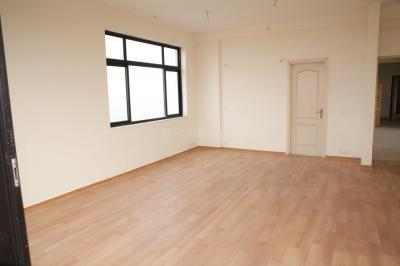 Gallery Cover Image of 1030 Sq.ft 2 BHK Apartment for rent in Omega IV Greater Noida for 10000