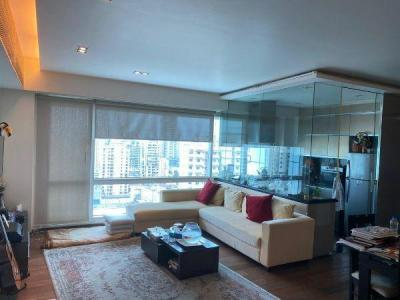Gallery Cover Image of 1300 Sq.ft 2 BHK Apartment for rent in Imperial Tower, Tardeo for 200000