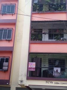 Gallery Cover Image of 640 Sq.ft 2 BHK Apartment for buy in Behala for 2200000