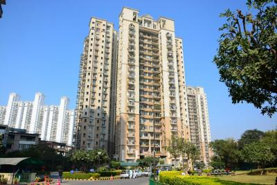 Gallery Cover Image of 1700 Sq.ft 2 BHK Apartment for rent in DLF Phase 4 for 40000