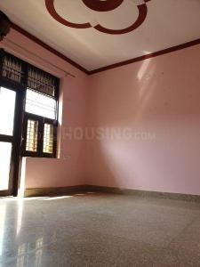 Gallery Cover Image of 630 Sq.ft 2 BHK Apartment for rent in Bharat Vihar for 12000