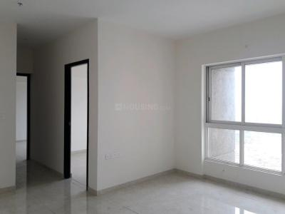 Gallery Cover Image of 1500 Sq.ft 3 BHK Apartment for rent in Kharadi for 28500
