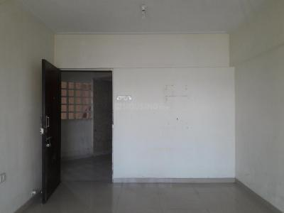 Gallery Cover Image of 640 Sq.ft 1 BHK Apartment for buy in Kandivali East for 9800000