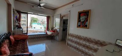 Gallery Cover Image of 650 Sq.ft 1 BHK Apartment for buy in Malad West for 6500000