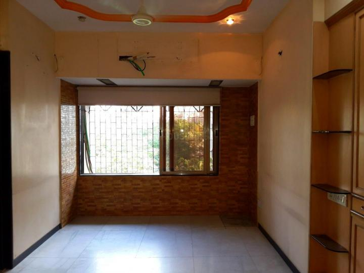 Living Room Image of 610 Sq.ft 1 BHK Apartment for buy in Jaycee Vasant Complex, Kandivali West for 10500000