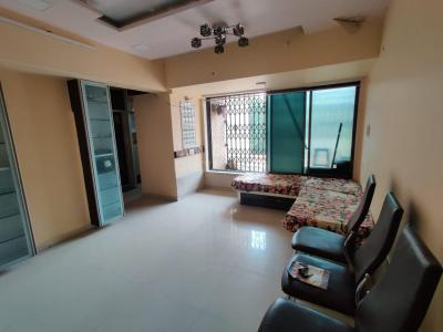 Gallery Cover Image of 750 Sq.ft 2 BHK Apartment for rent in Bhavna Apartment, Parel for 48000