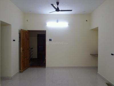 Gallery Cover Image of 950 Sq.ft 2 BHK Apartment for rent in Nangainallur for 16000