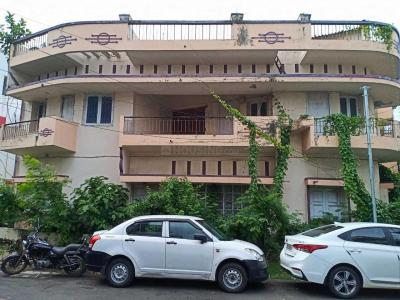 Gallery Cover Image of 3023 Sq.ft 6 BHK Independent House for buy in Salt Lake City for 50000000