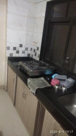 मलाड वेस्ट में अस्मिता ज्योति कॉम्प्लेक्स में किचन की तस्वीर