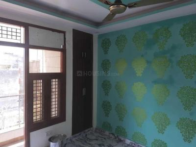 Gallery Cover Image of 450 Sq.ft 2 BHK Apartment for buy in Dwarka Mor for 2200000
