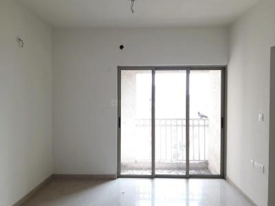 Gallery Cover Image of 963 Sq.ft 2 BHK Apartment for rent in Palava Phase 1 Nilje Gaon for 14000