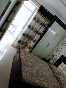 Gallery Cover Image of 600 Sq.ft 1 BHK Apartment for buy in Milakpur Goojar for 1600000