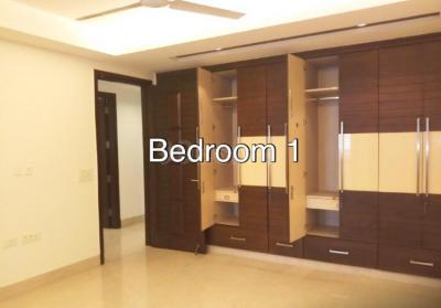 Gallery Cover Image of 2700 Sq.ft 4 BHK Independent Floor for rent in Sarvodaya Enclave for 100000