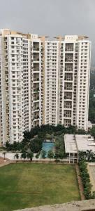 Gallery Cover Image of 1080 Sq.ft 2 BHK Apartment for buy in Lodha Luxuria, Thane West for 13000000