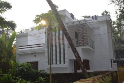 Gallery Cover Image of 1250 Sq.ft 3 BHK Independent House for buy in Chevarambalam for 6000000