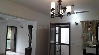 Gallery Cover Image of 2200 Sq.ft 3 BHK Apartment for rent in Kotturpuram for 72000