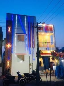 Gallery Cover Image of 600 Sq.ft 2 BHK Independent House for buy in Vijaya Avenue, Vandalur for 3500000