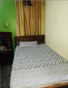 पीतमपुरा में बॉबी पीजी के बेडरूम की तस्वीर