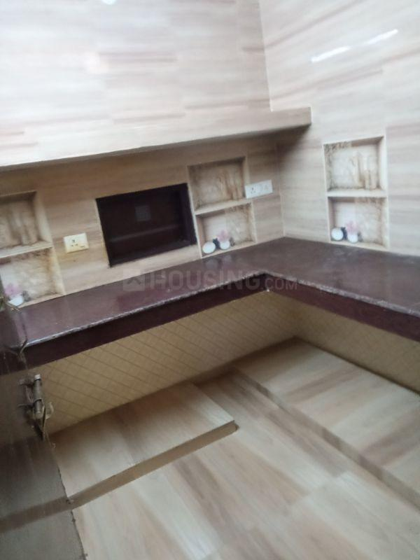 Kitchen Image of 600 Sq.ft 2 BHK Independent Floor for rent in Sector 12 for 10500