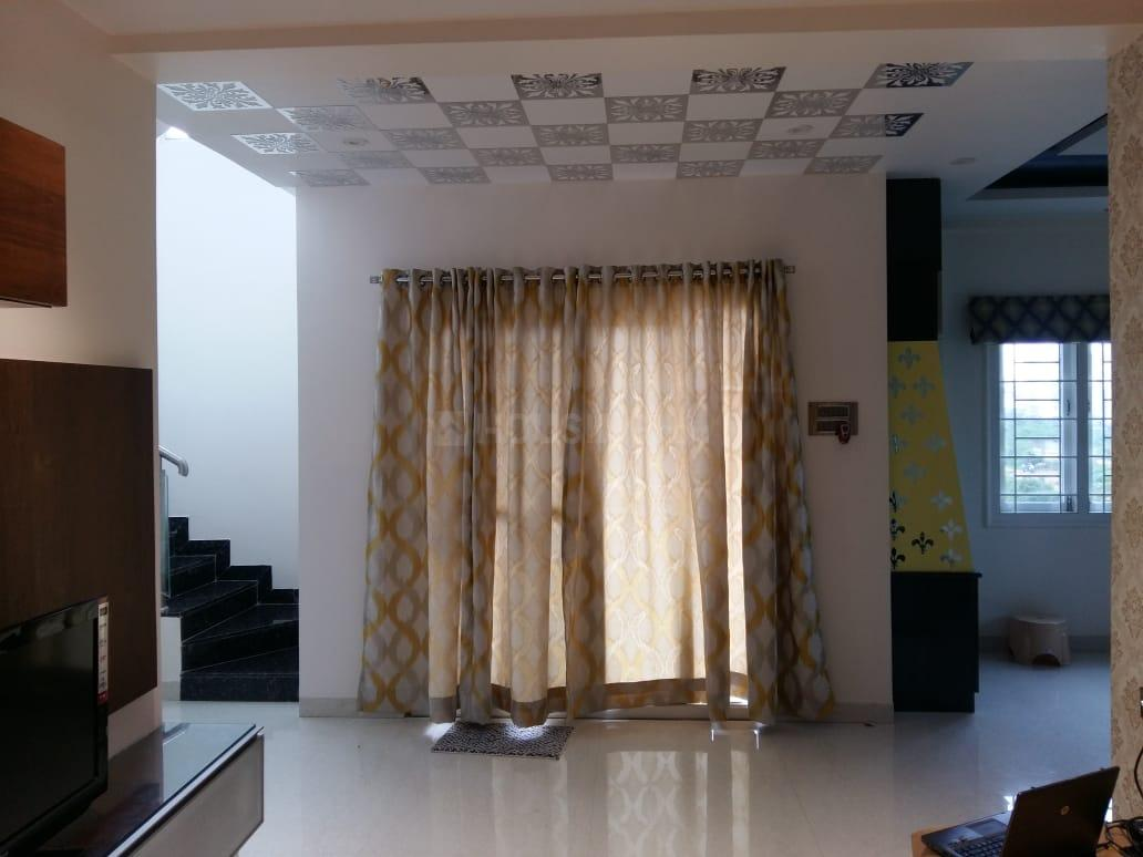 Living Room Image of 1900 Sq.ft 3 BHK Independent House for rent in Kukatpally for 35000